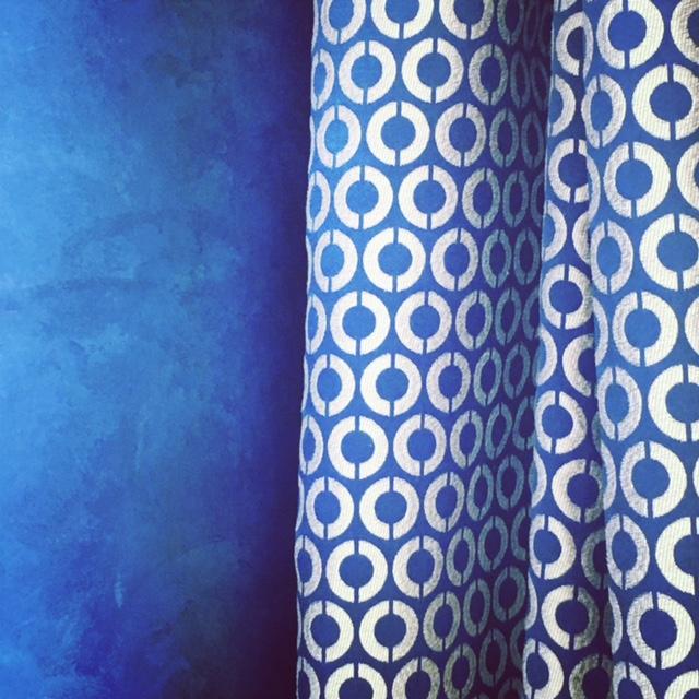 Confection et pose de rideaux et voilages dans une maison de charme deux pas du centre ville d - Confection double rideaux ...